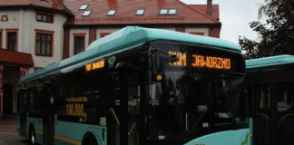 Autobus na prąd – fot. Solaris