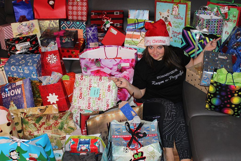 Świąteczna paczka dla dzieciaczka - fot. Monika Gruszewicz