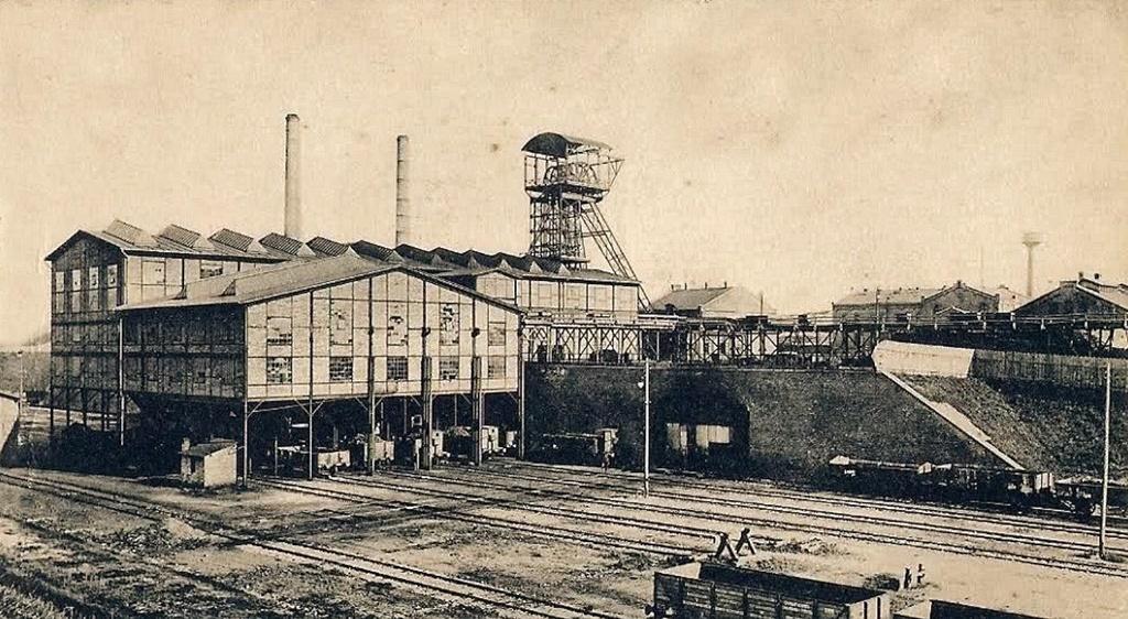 """Kopalnia Węgla Kamiennego """"Grodziec"""" - fot. Wikipedia"""