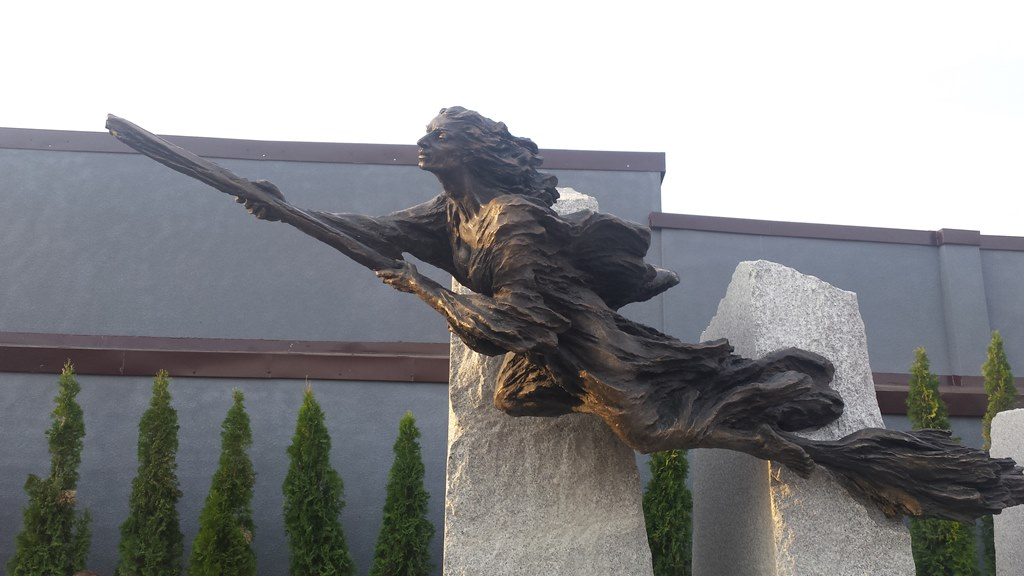 Odsłonięcie rzeźby Katarzyny Włodyczkowej – fot. MŁ