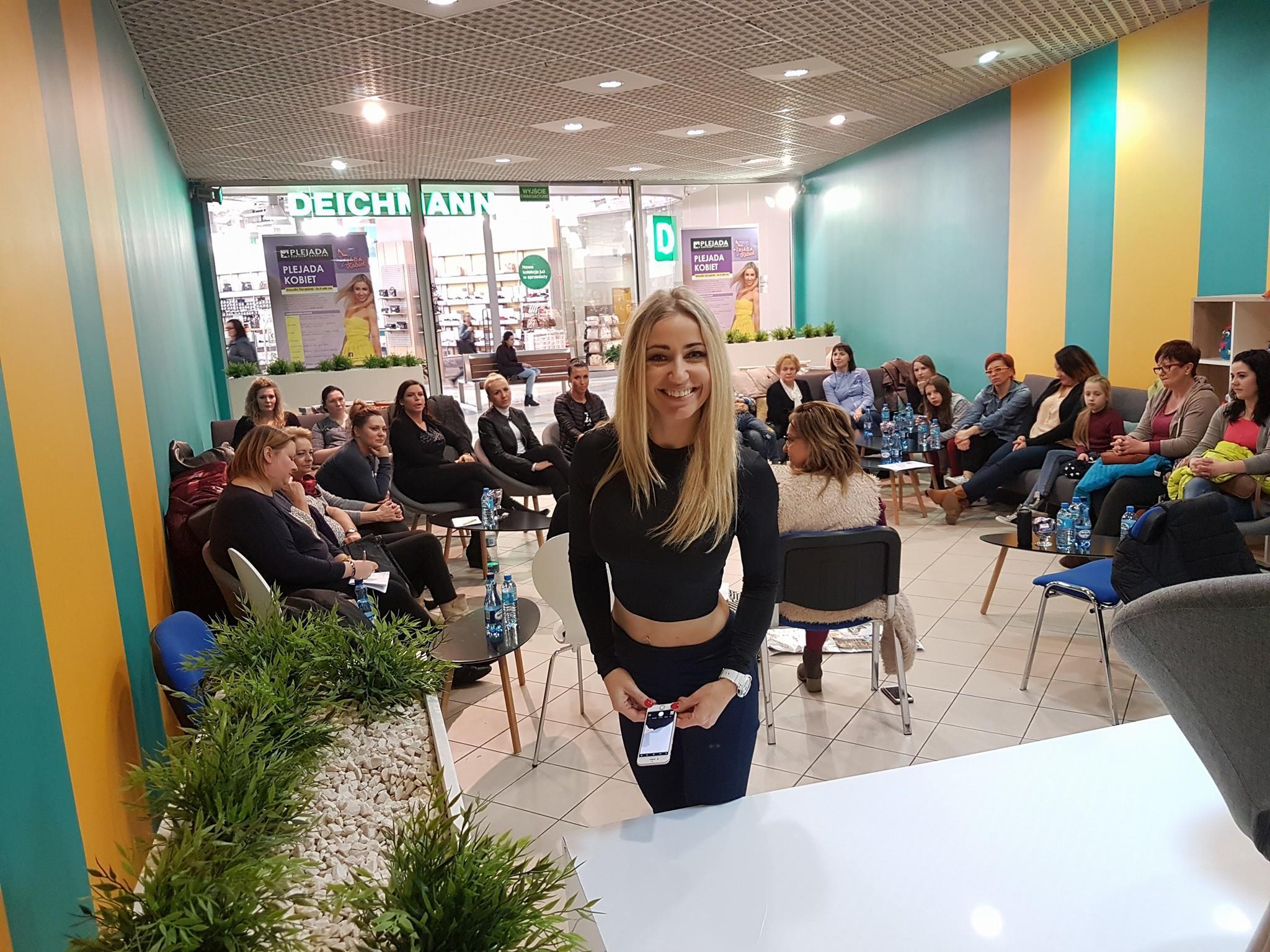 Plejada kobiet - fot. mat. pras.