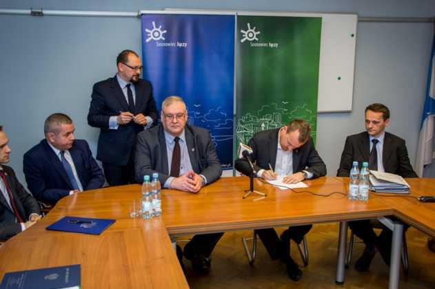 Przekazanie gruntu pod budowę nowej siedziby prokuratury – fot. Maciej Łydek/UM Sosnowiec