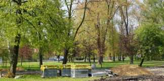 Budowa trasy dla rolkarzy w parku Sieleckim - fot. MC