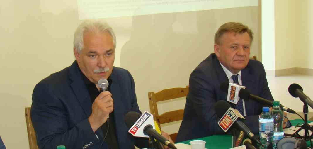 Dyrektor ZCO Zbigniew Grzywnowicz i prezydent Dąbrowy Górniczej Zbigniew Podraza - fot. AR