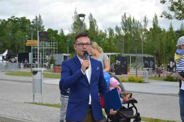 Konrad Bilski jest rzecznikiem prasowym Kopalni Kultury w Czeladzi – fot. MZ
