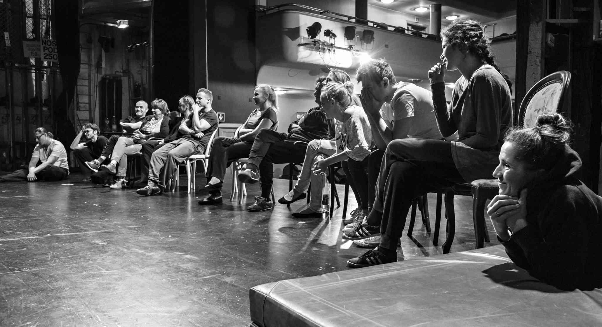 Próby do spektaklu improwizowanego w Teatrze Zagłębia – fot. Maciej Stobierski