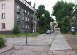 """Droga zagrodzona przez Wspólnotę Mieszkaniową """"Kasztanowa"""" - fot. AR"""