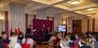 Spotkanie w dąbrowskiej kawiarence obywatelskiej - fot. Dariusz Nowak