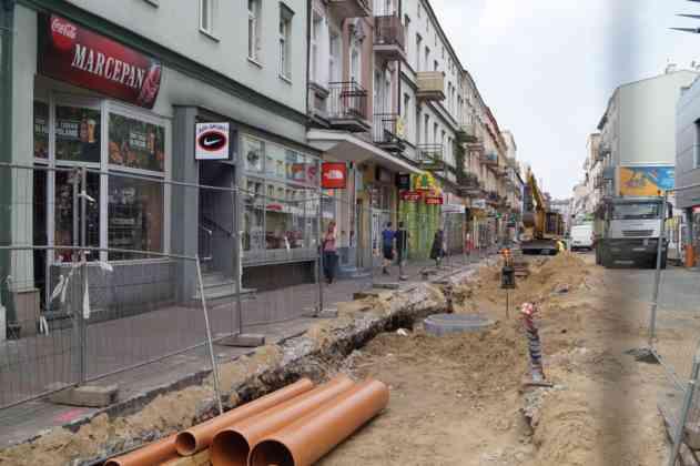 Trwa przebudowa ul. Modrzejowskiej w centrum Sosnowca - fot. MC