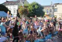 Bitwa na balony z wodą w Czeladzi – fot. UM Czeladź