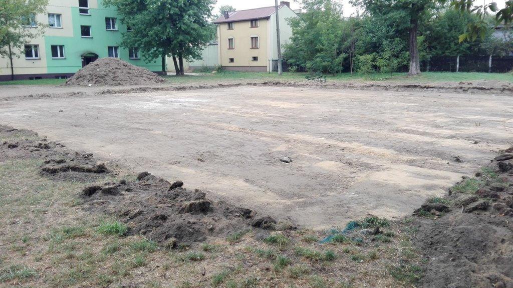 Rozpoczęły się prace palcu przy ul. Spółdzielczej w Czeladzi - fot. Zbigniew Szaleniec/Facebook