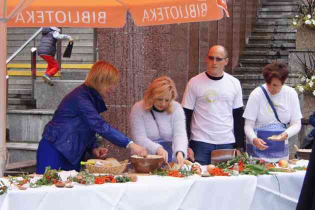 Narodowe czytanie w Sosnowcu - fot. MC