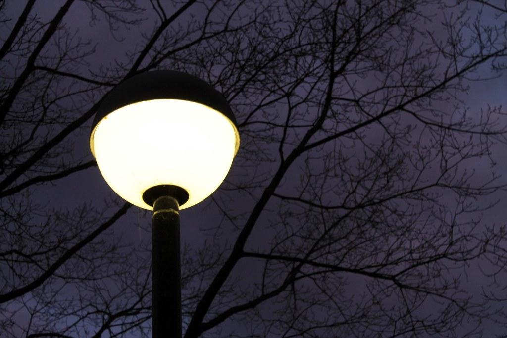 Lampa uliczna - fot. Pixabay
