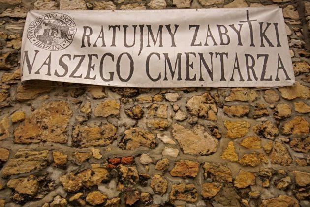 Kwesta na będzińskim cmentarzu - fot. Roman Kowenia / Towarzystwo Przyjaciół Będzina