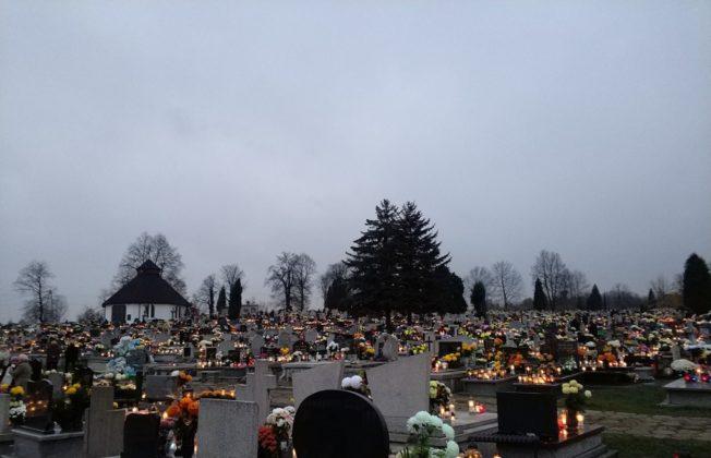 Cmentarze w Zagłębiu – fot. MC