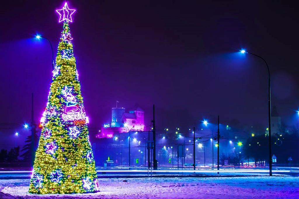 świąteczne Oświetlenie Zagościło W Miastach Zagłębia