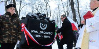 """Pomnik upamiętniający działalność kopalni """"Grodziec"""" - fot. UM Będzin"""