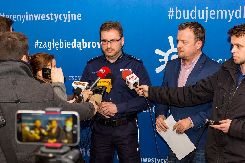 Briefing prasowy prezydenta Sosnowca z komendantem policji i straży miejskiej – fot. Maciej Łydek/UM Sosnowiec