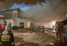 Pożar hali w Dąbrowie Górniczej - fot. Sosnowiec998