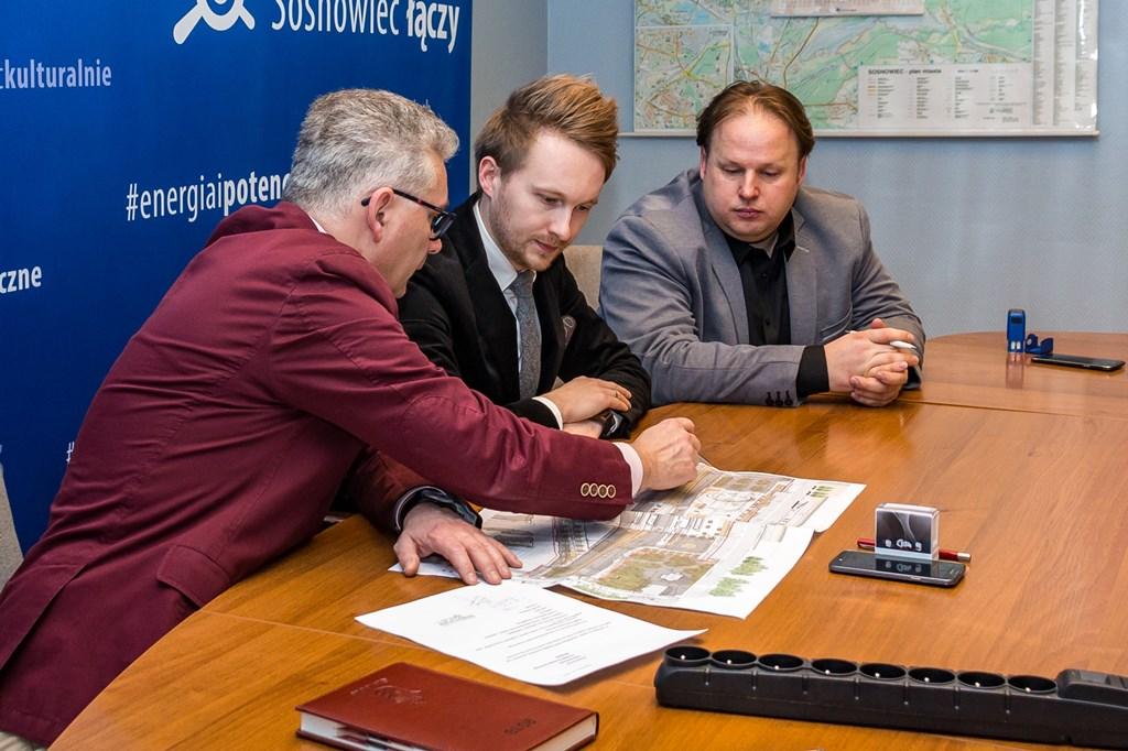 Podpisanie umowy na przebudowę centrum miasta - fot. UM Sosnowiec