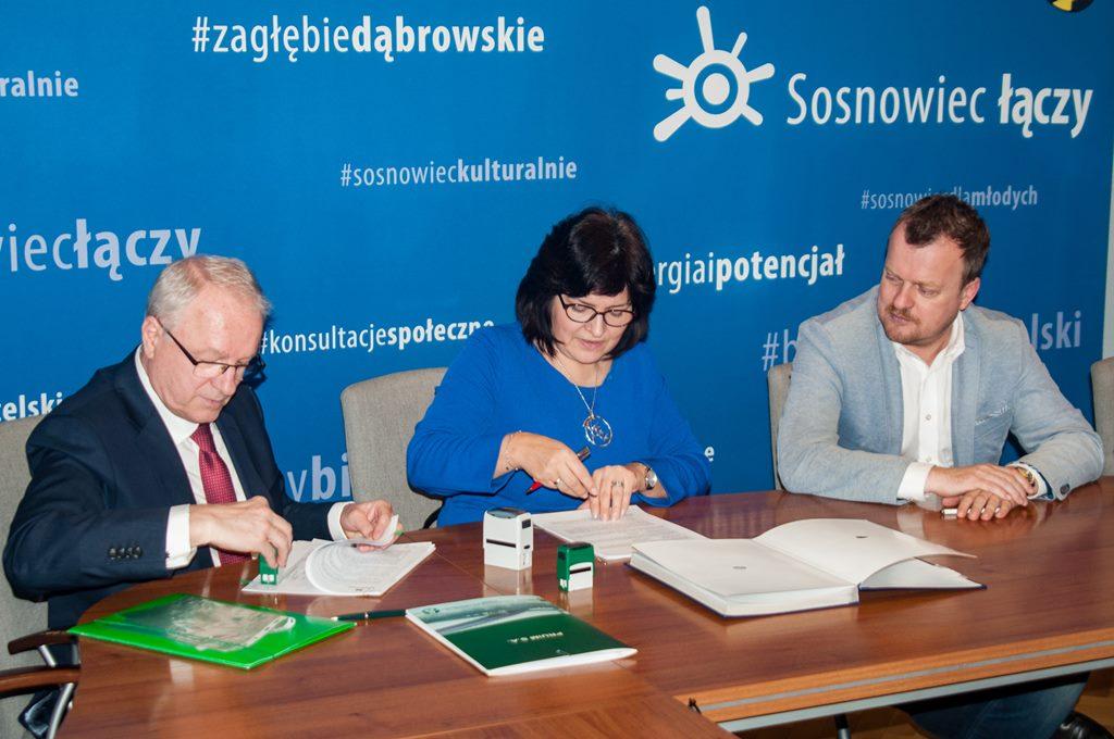 Podpisanie umowy w sprawie kanalizacji w Sosnowcu - fot. UM Sosnowiec