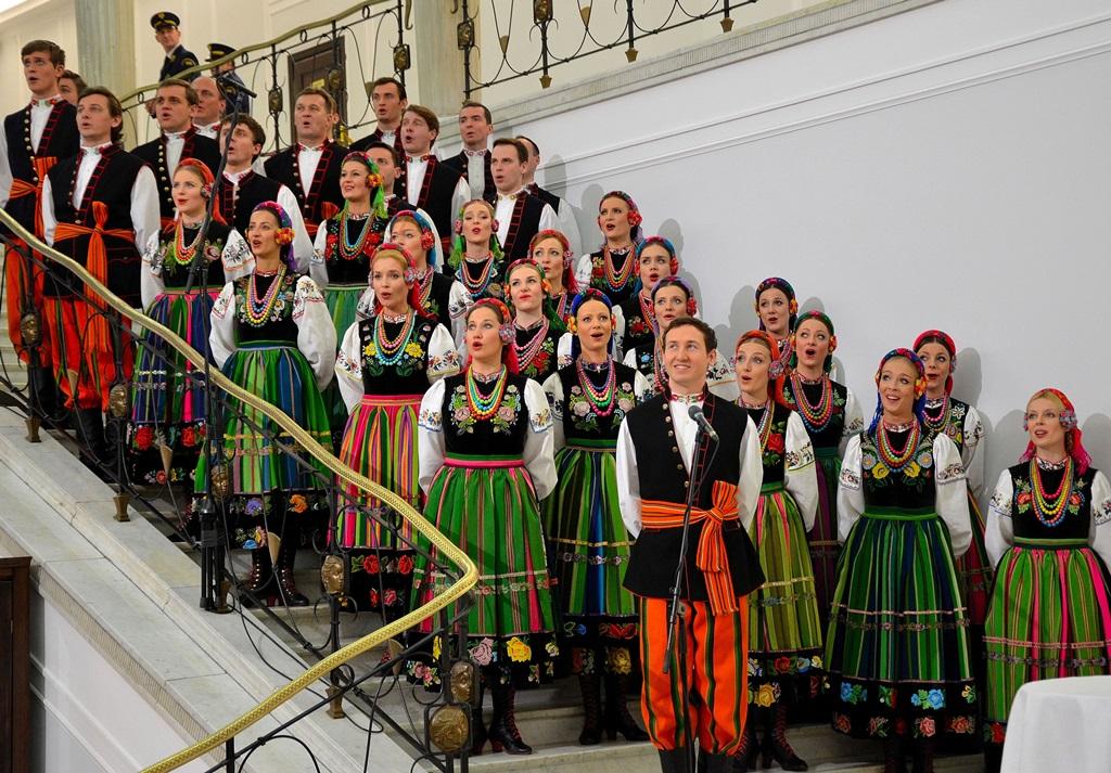 Zespół Mazowsze - fot. Wikipedia