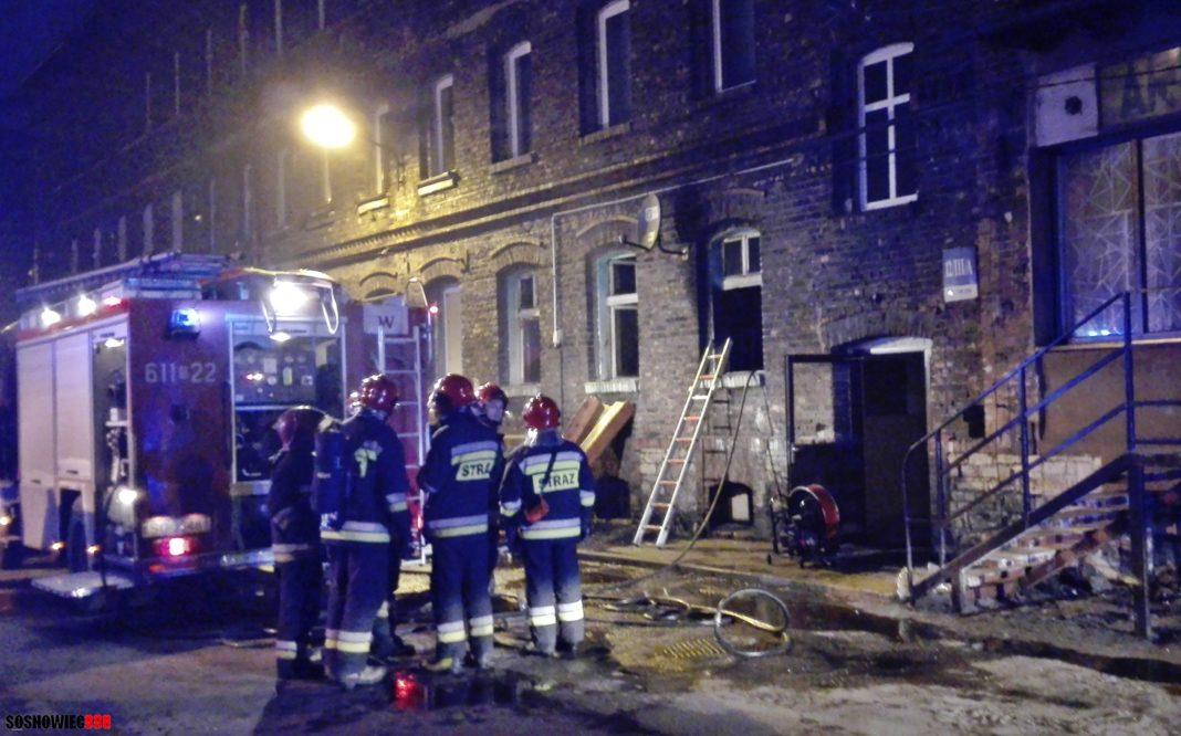 Pożar kamienicy przy ul. Chemicznej - fot. Sosnowiec998