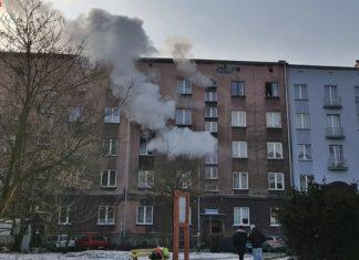 Pożar przy Alei Zwycięstwa 14 w Sosnowcu - fot. Facebook/Sosnowiec998