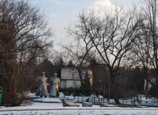 Pomnik w Łośniu - fot. archiwum prywatne
