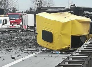 Wypadek na S1 - fot. Sosnowiec998/Facebook