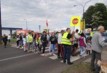 Mieszkańcy Będzina zablokowali ulicę po tragicznym w skutkach wypadku na al. Kołataja - fot. archiwum prywatne