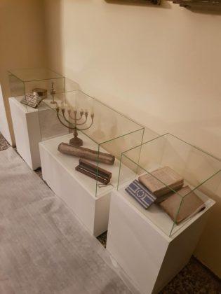 Wystawa w tworzonej tymczasowej siedzibie Muzeum Historii Żydów Zagłębia - fot. AS