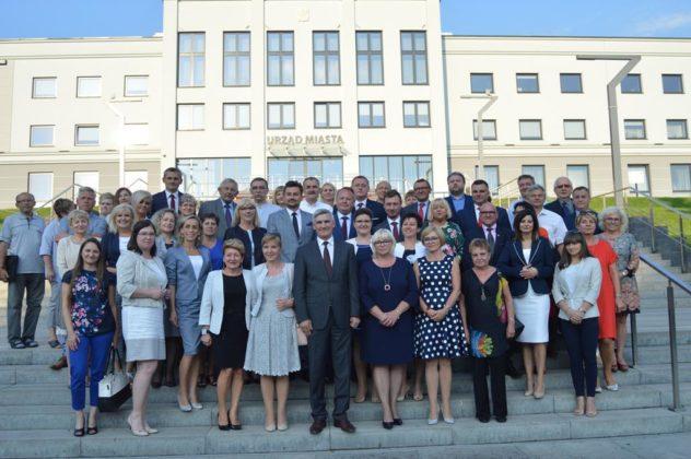 Radni z Czeladzi udzielili absolutorium burmistrzowi Zbigniewowi Szaleńcowi – fot. MZ