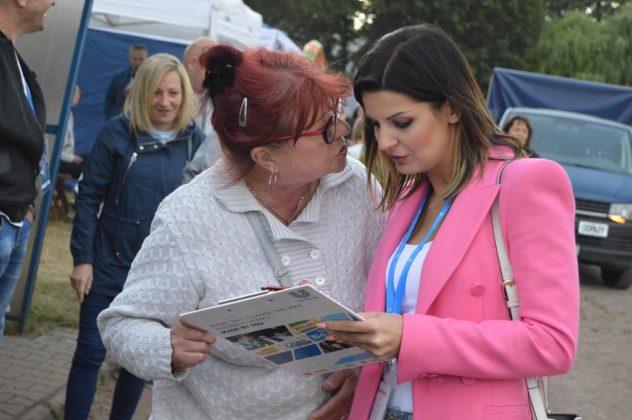 Zbieranie podpisów pod petycją ws. ustawy antyodorowej – fot. MZ