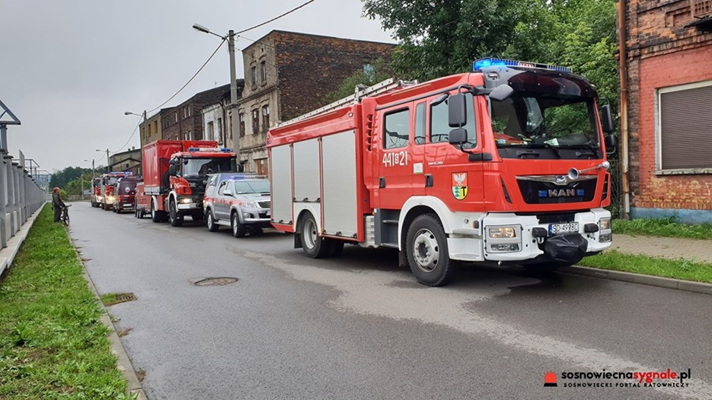 Zawaliła się część budynku w Dąbrowie Górniczej - fot. Sosnowiecnasygnale.pl