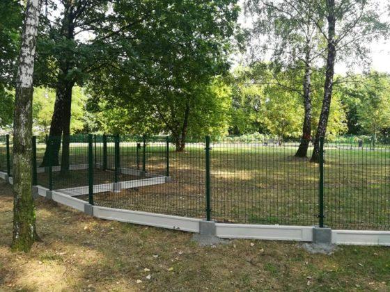 Wybieg dla psów w Parku Prochownia w Czeladzi – fot. UM Czeladź