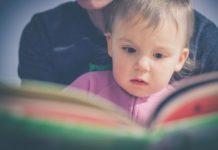 Czytanie dziecku - fot. Pixabay