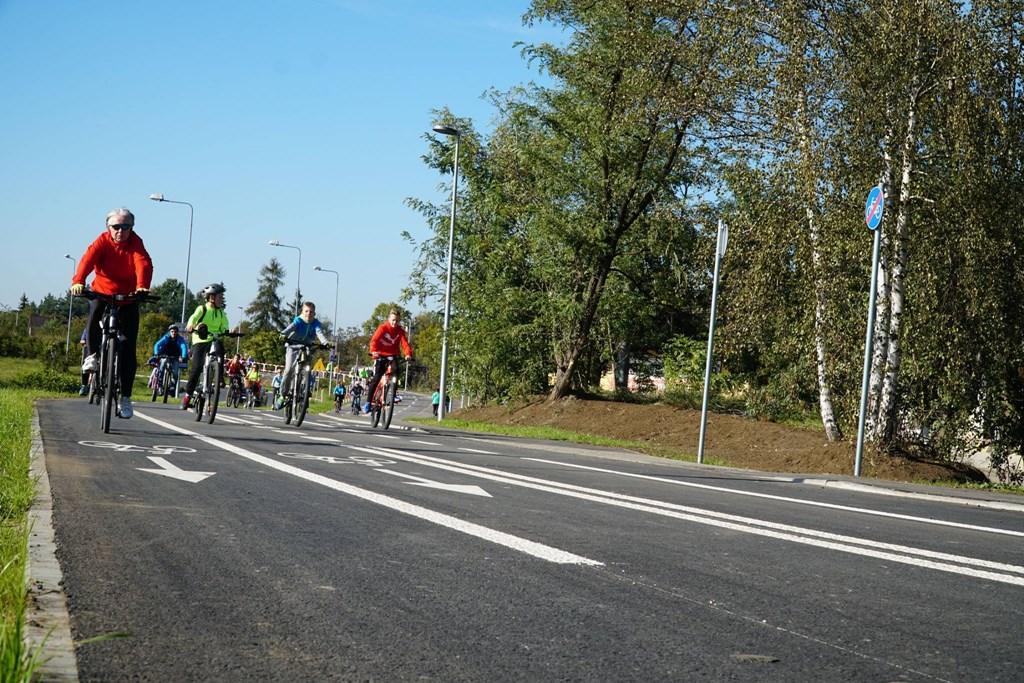 Otwarcie velostrady w Jaworznie – fot. Facebook/Paweł Silbert – Prezydent Miasta Jaworzna
