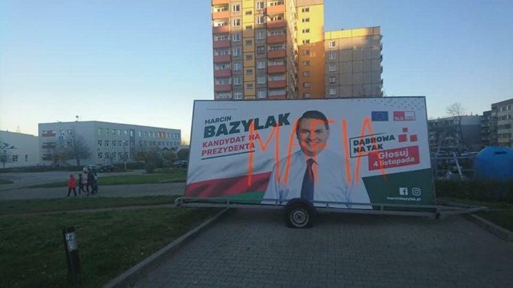 Zniszczone banery Marcina Bazylaka – fot. arch. prywatne