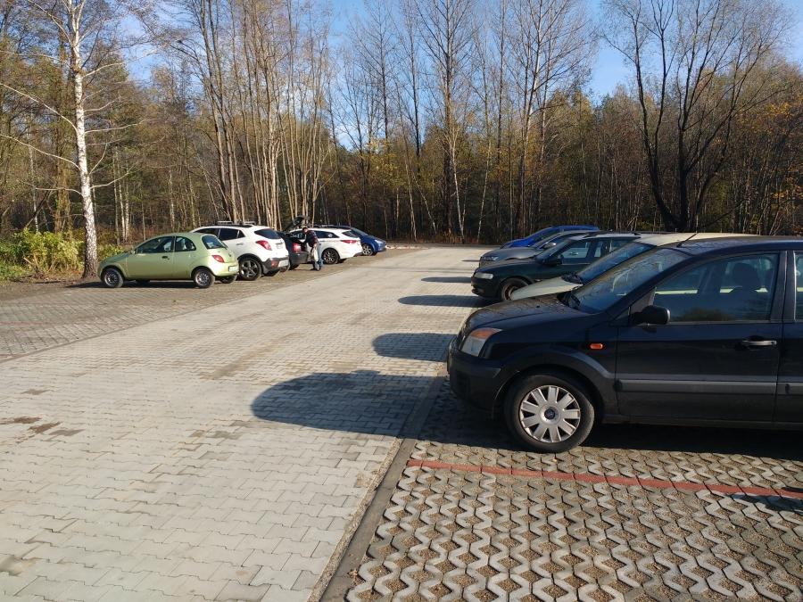 Powstał nowy parking w Strzemieszycach – fot. UM DG