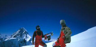 Janusz Majer i Walenty Fiut na Szczycie Broad Peak'a 1984, fot. Ryszard Pawłowski