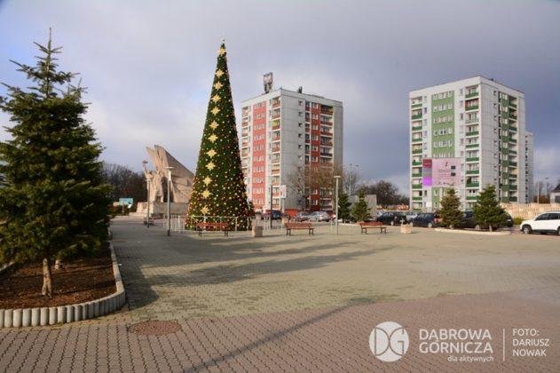 Choinka w centrum Dąbrowy Górniczej - fot. Dariusz Nowak (nddg)