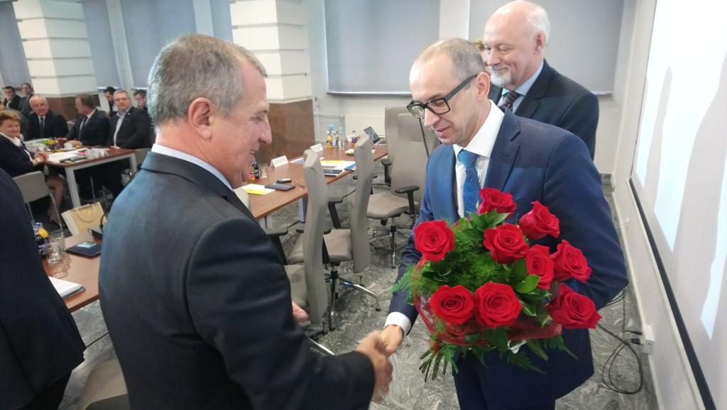 Zmiana władzy w metropolii - fot. mat. pras.