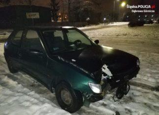 Uderzył w słup i jechał dalej uszkodzonym autem - fot. KMP w Dąbrowie Górniczej