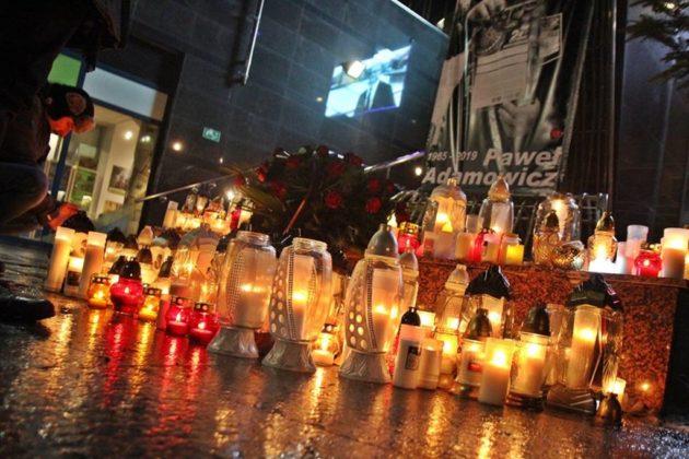 Światełko do nieba dla Prezydenta Pawła Adamowicza - fot. UM Sosnowiec