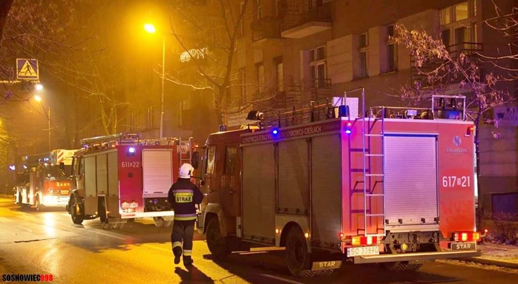 Pożar przy ulicy Kościelnej - fot. Facebook /@Sosnowiec998