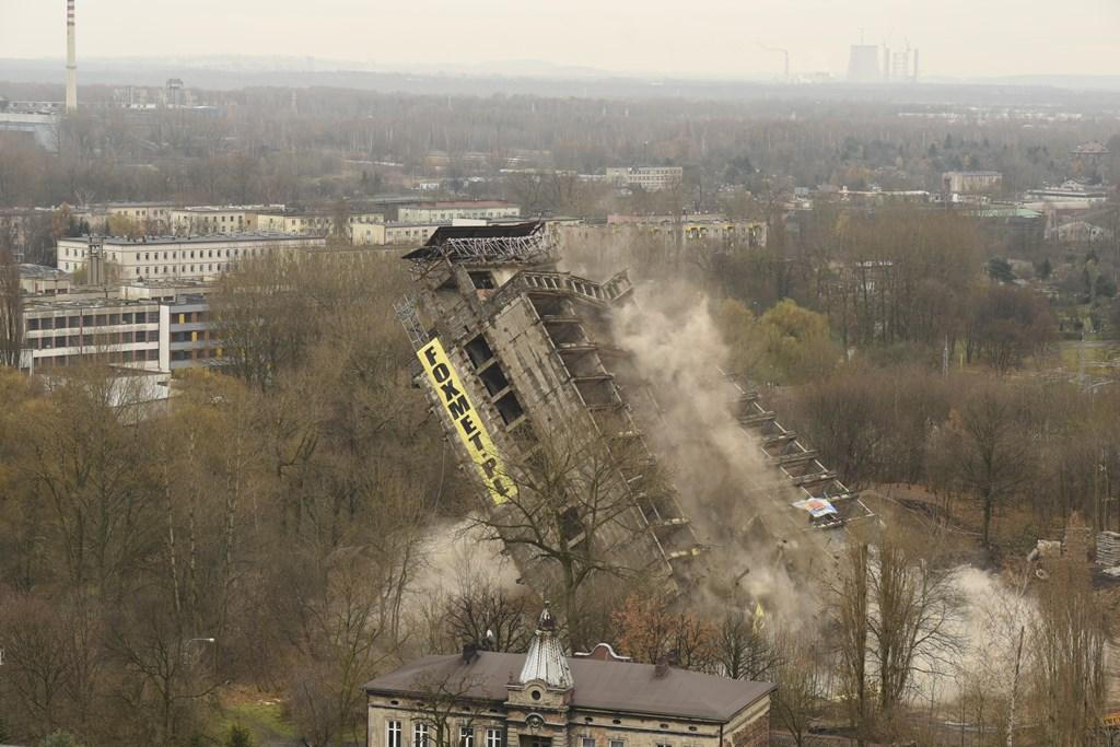 Wyburzenie Szkieletora – fot. Monika Gruszewicz