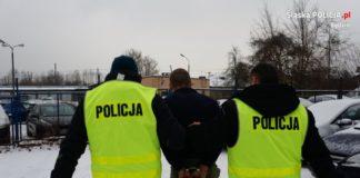Poszukiwany listem gończym ukrywał się na strychu – fot. Policja Będzin