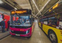 Metropolitalne autobusy na lotnisko - fot. Wojciech Mateusiak