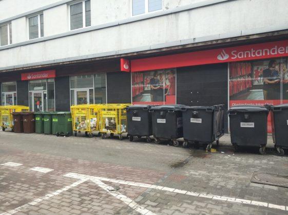 Pojemniki na śmieci - fot. MC